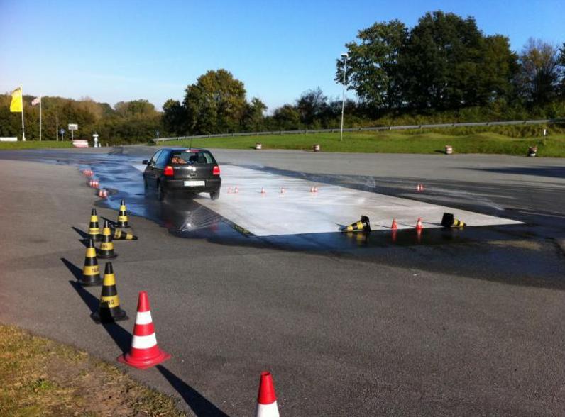 20 % für Führerscheinanfänger und 10 % für Führerscheininhaber beim AMC Stormarn e.V.